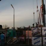de betonplaten plaatsen